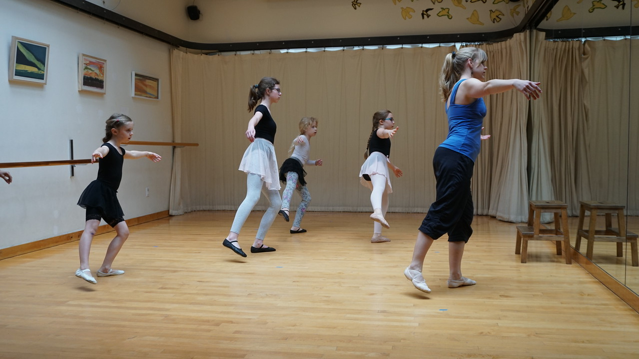Inter/Advanced Ballet: with Sarah Pope  Ages 10+